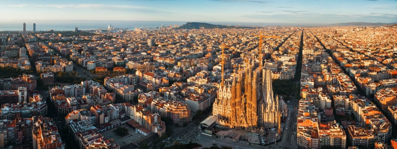 barcelona spanien fotolia 258773228