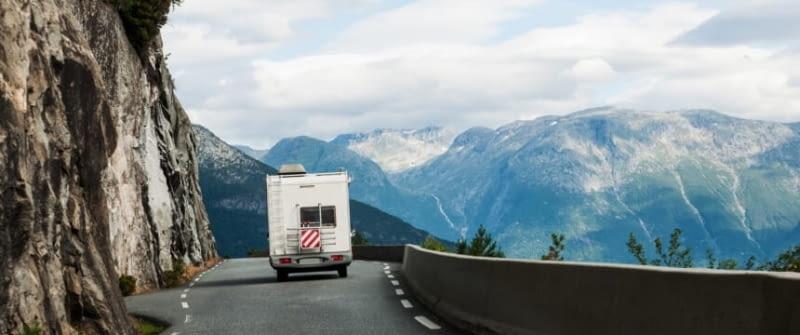 wohnmobil norwegen fotolia 42361820