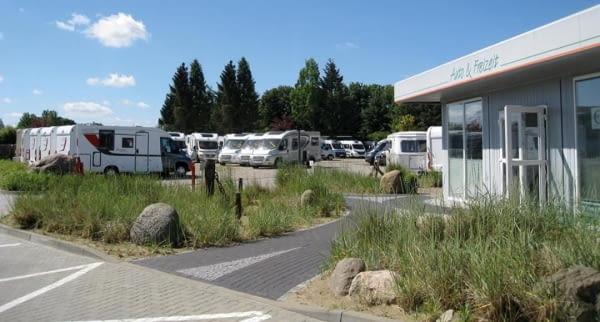 eutin auto und freizeit wohnmobilvermietung stationsansicht