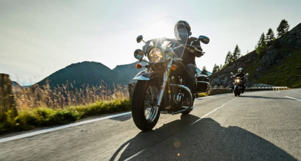 motorrad gebirge pass fotolia 170141449