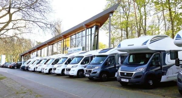 berlin joya wohnmobilvermietung, Bus Center M&M GmbH, berlin spandau fahrzeuge